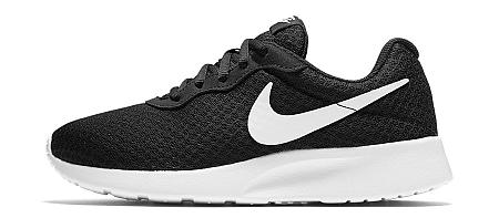 Obuv Nike WMNS TANJUN 812655-011 Veľkosť 40,5 EU